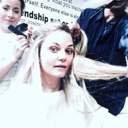 Jennifer chez le coiffeur